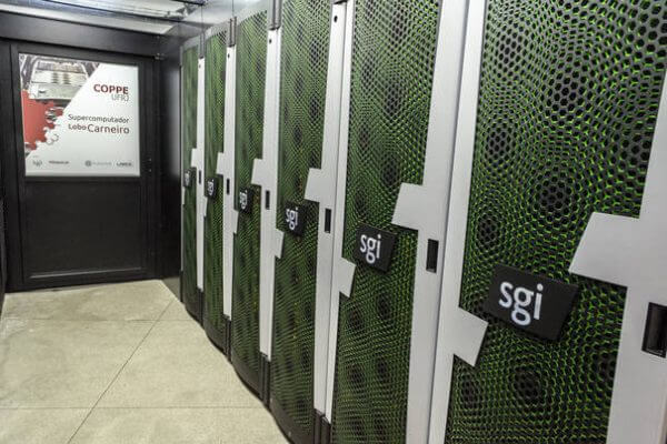 Instituto da UFRJ inaugura supercomputador 'econômico'
