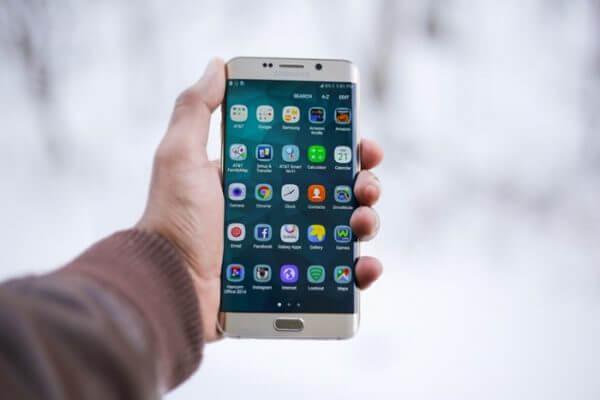 Samsung ainda é a maior fabricante de tela de smartphone do mundo
