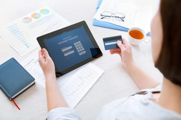 Tecnologia permitirá transferir recursos e pagar contas por rede social