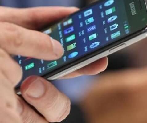 Tecnologia da Samsung pode acabar de vez com o entalhe na tela dos celulares