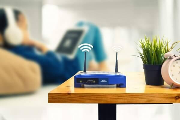 Pesquisadores criam sistema de WiFi que pode identificar pessoas através de paredes.