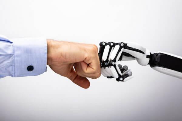 Alphabet cria robô que ajuda na reciclagem e aprende com simulações