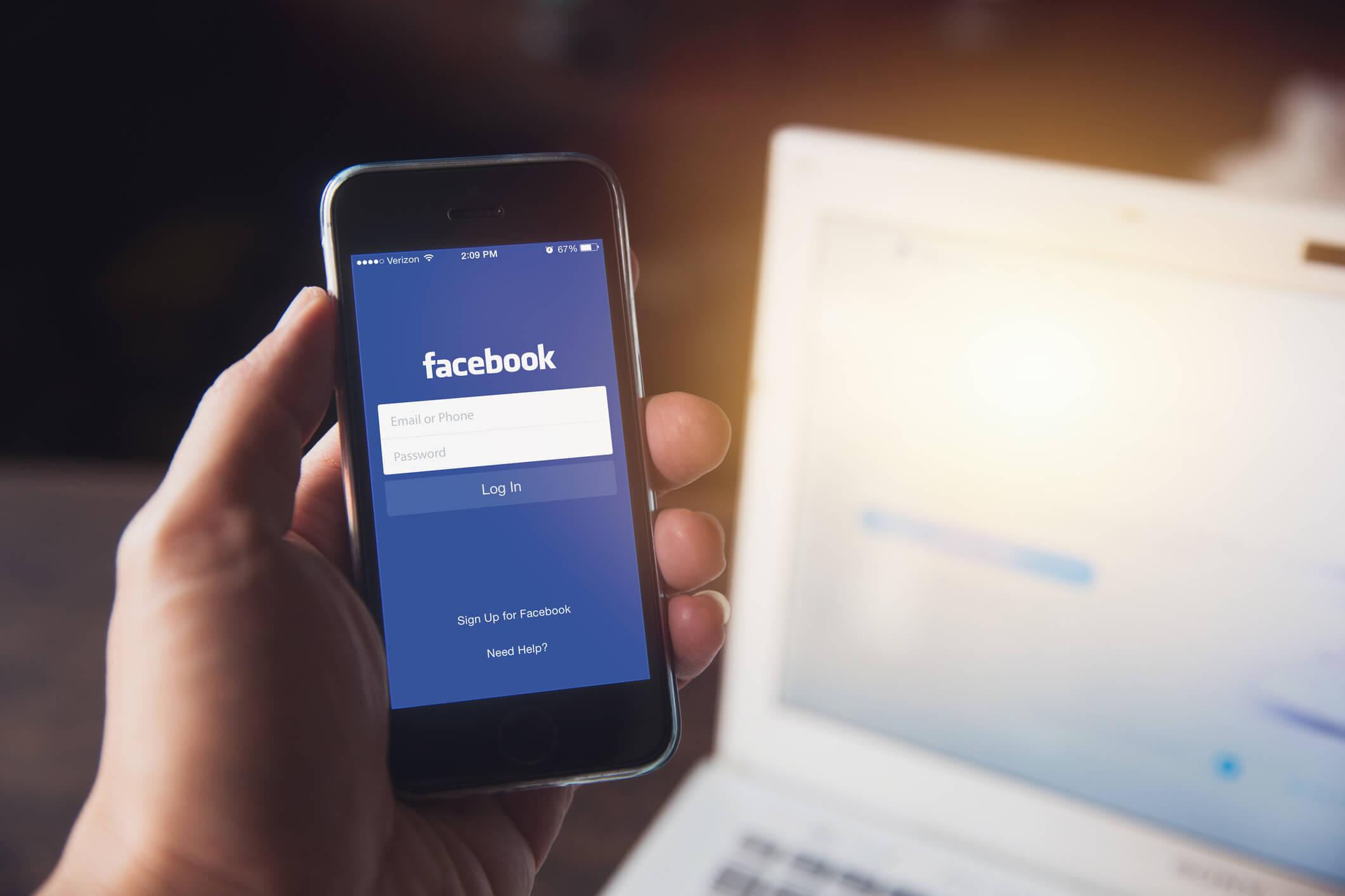 Facebook lança recurso que permite a transferência de imagens para o Google Fotos