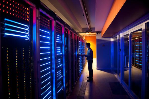 O supercomputador mais rápido do mundo é o japonês Fugaku